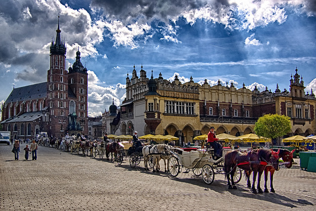 Krakow trips in a horse carriage, around the Main Square.