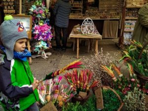 What to do in Krakow at Easter - Easter market