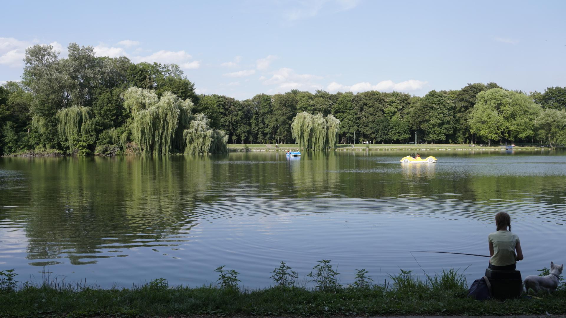 What to do in Krakow - go to Nowa Huta Lagoon
