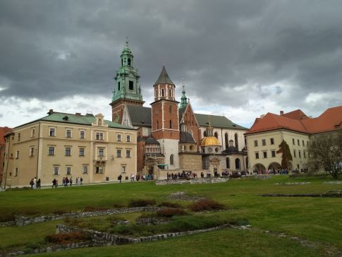Krakow things to do - visit Wawel hill with Wawel Cathedral