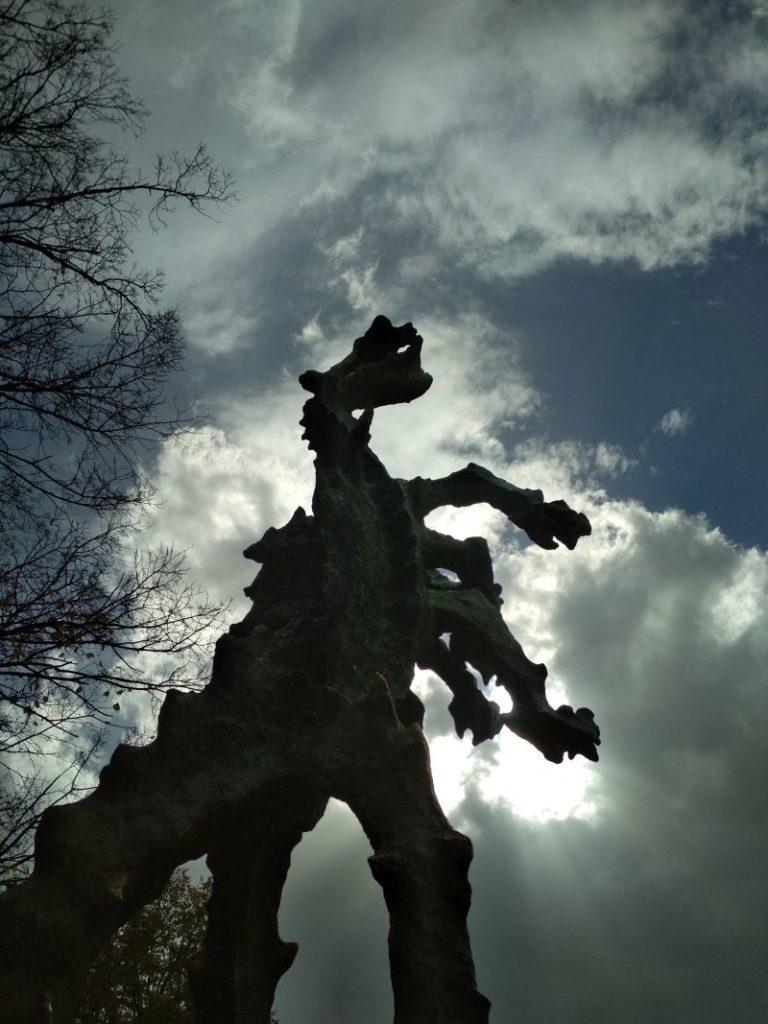 Krakow sightseeing - Wawel Dragon